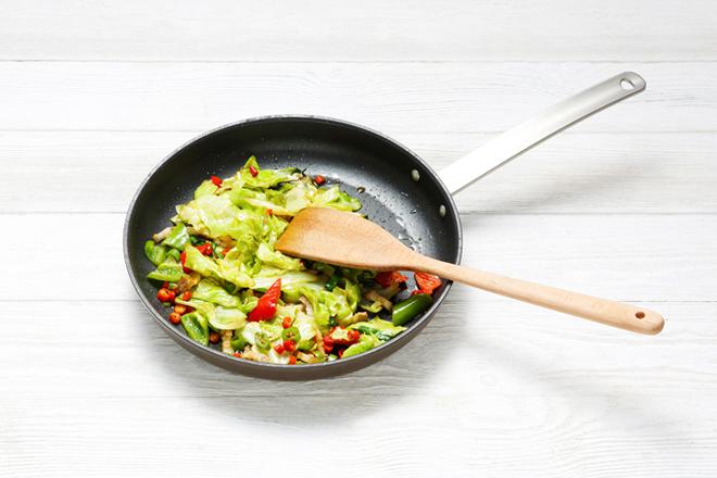 干锅圆白菜 过程图4.jpg