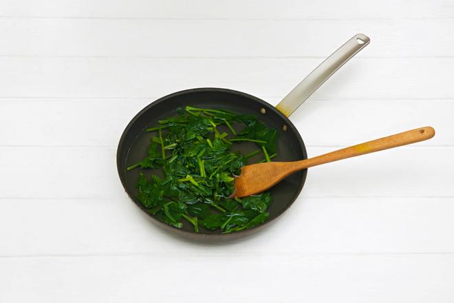 蛋皮粉丝拌菠菜 过程图3.jpg